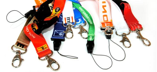 Cordoncini porta-badge